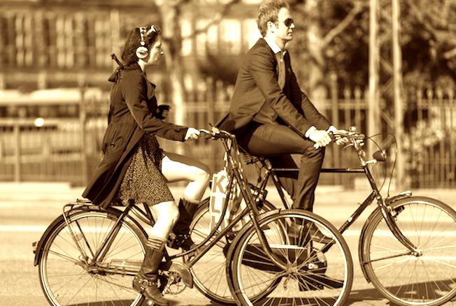 Blad 537: CIM, fietsverkeer, TROS FM en Jelle