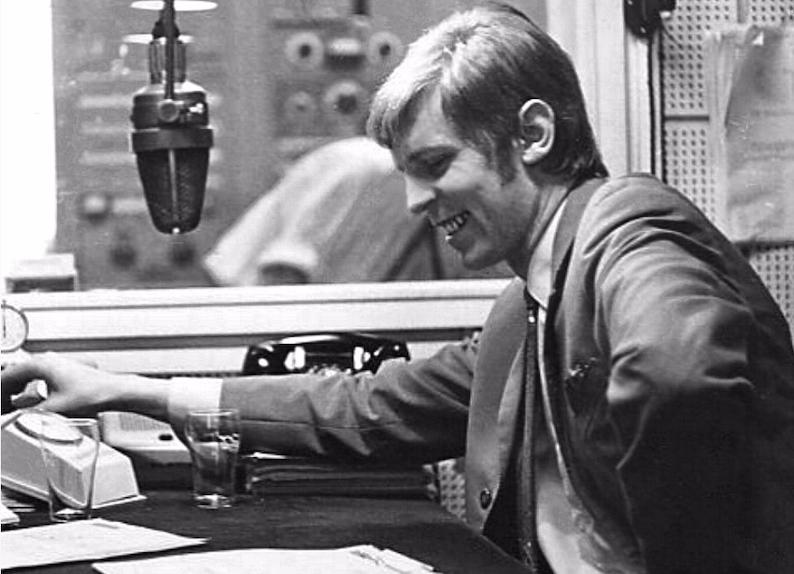 Het is vandaag 1 november... 1974 (audio)