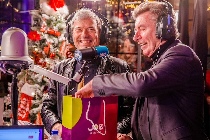 Joe opende Christmas House in 't Stad (video)
