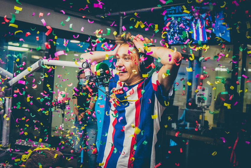Voltage wint 'MNM Start To DJ'