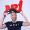 Blad 214: NRJ, RTBF, Expres en KIIS (video)